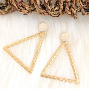 NEW! Boutique hammered metal triangle earrings